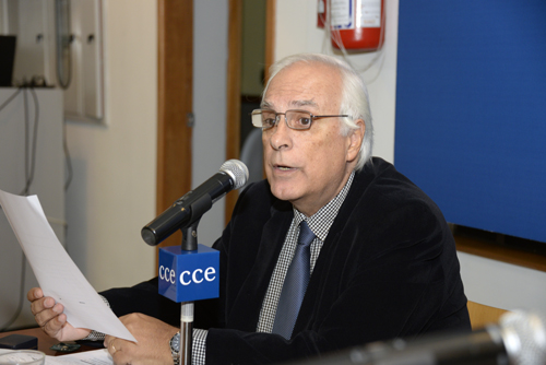Hugo Burel en un moento de su discurso