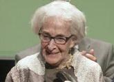 Ida Vitale recibió el XIII Premio Internacional de Poesía Federico García Lorca