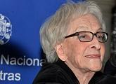 Ida Vitale gana el Premio Cervantes 2018