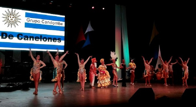 comparsa de candombe en Teatro Heredia