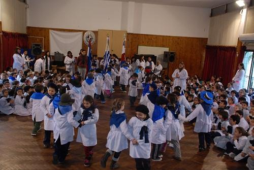 Niños escuela 13