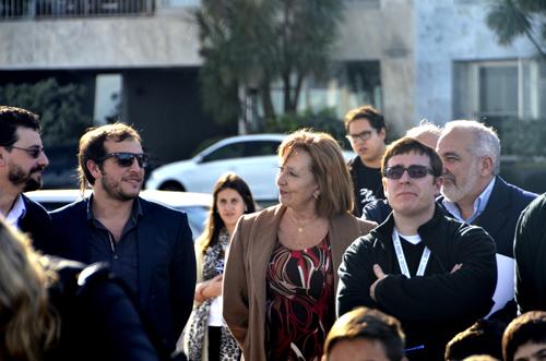 La ministra Muñoz junto al director Mir