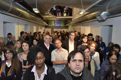 Público en sala durante oratoria